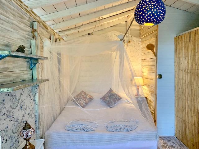 Serene Evi | Turan Hill Lounge
