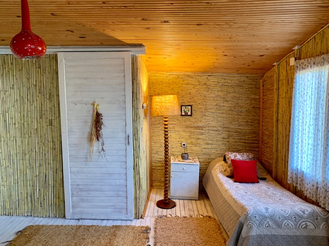 Leo Evi | Turan Hill Lounge